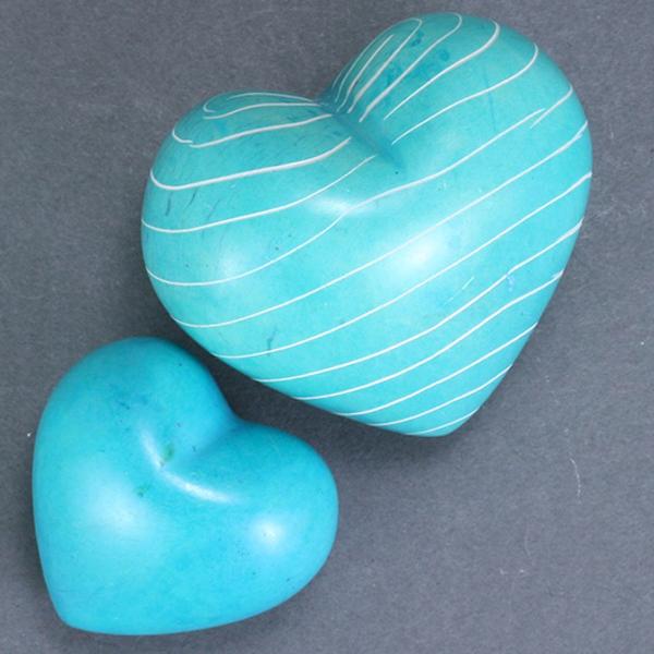 Turquoise Soapstone Hearts 3cm